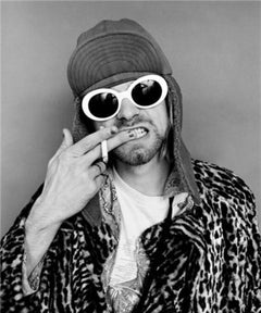 Kurt Cobain; Brushing Teeth