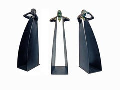 Horizonte Grito Sordo - Three Figural Contemporary Bronze and Steel Sculptures