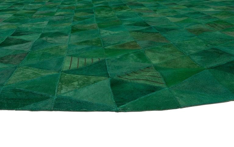 Art Deco Jewel green Round Trilogia Emerald Customizable Cowhide Area Rug Large For Sale