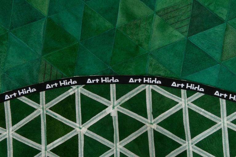 Pakistani Jewel green Round Trilogia Emerald Customizable Cowhide Area Rug Large For Sale