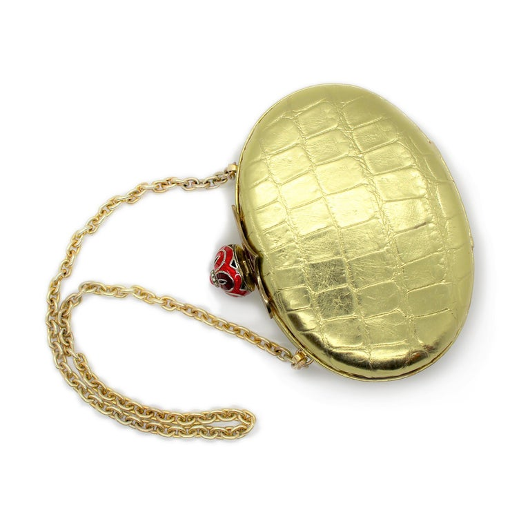 One of a kind, 20th-century sterling silver Guilloché enamel gold exotic skin Minaudière Silver Clasp pave set with 0.15 carats of diamonds, yellow gold plated Bezel set cabochon ruby weighing 1.45 carats 11