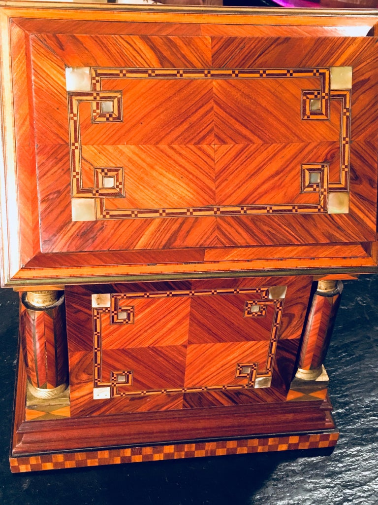 Mid-20th Century Jeweler Box in Marquetry of Different Woods and Applications, circa 1930 For Sale