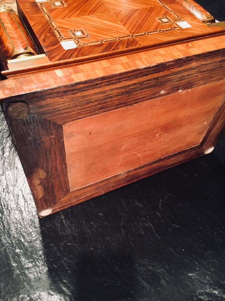 Jeweler Box in Marquetry of Different Woods and Applications, circa 1930 For Sale 1