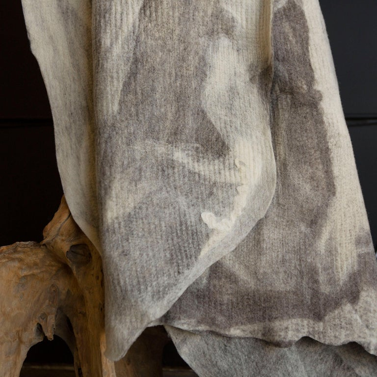 JG Switzer Artisan Wool Umber Throw, Heritage Sheep Collection In New Condition For Sale In Sebastopol, CA