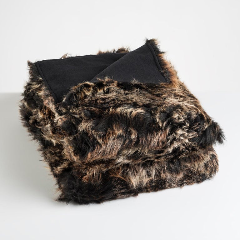 JG Switzer Toscana Sheep Fur Truffle Throw Backed with Lambswool/Cashmere In New Condition For Sale In Sebastopol, CA