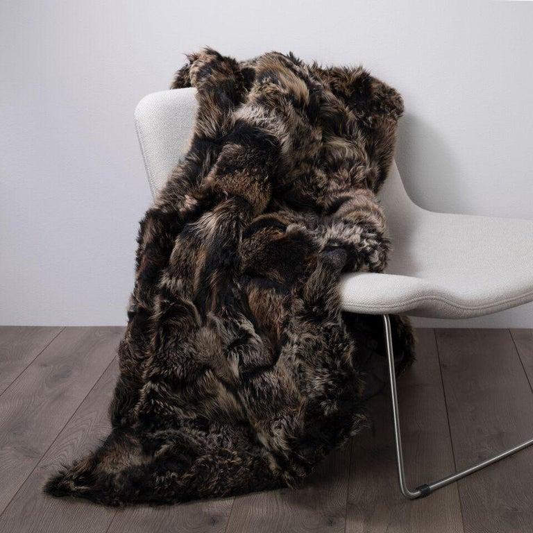 JG Switzer Toscana Sheep Fur Truffle Throw Lined with English Merino Wool For Sale 6