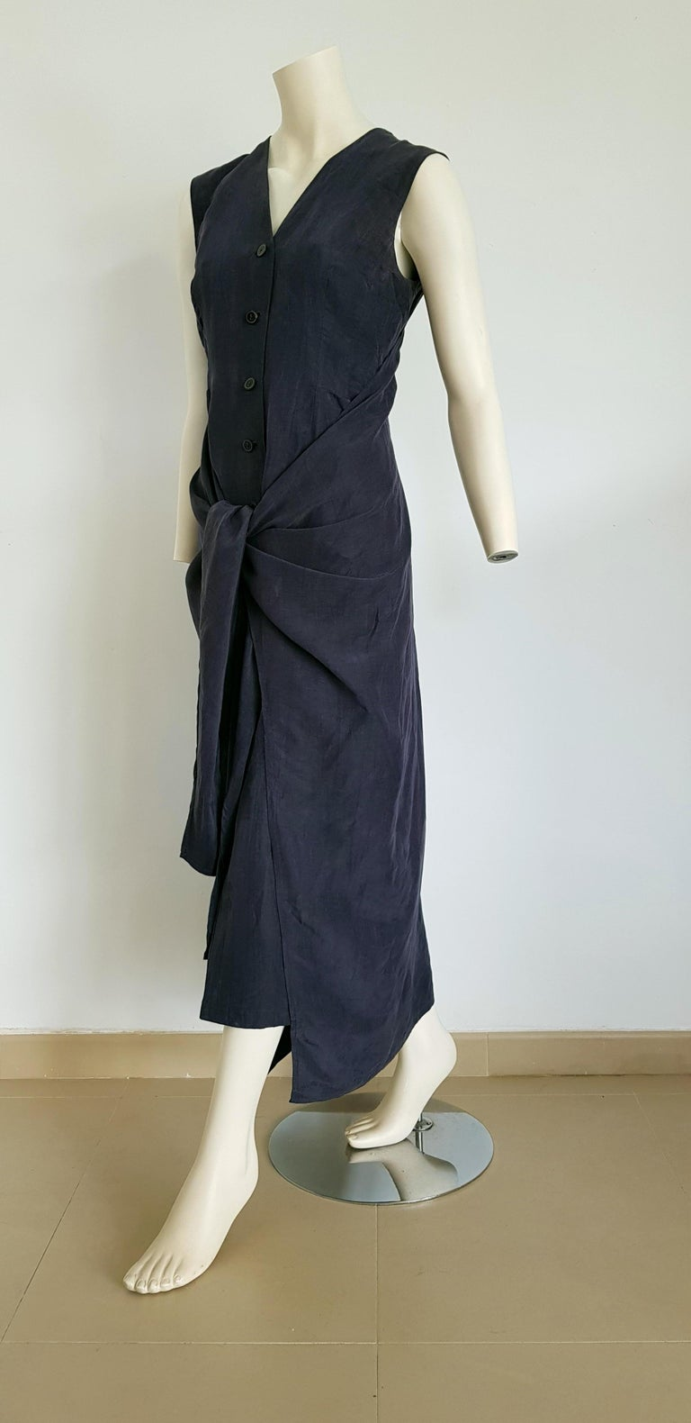 JIL SANDER blue silk linen dress, with bow front or back - Unworn, New.  SIZE: equivalent to about Small / Medium, please review approx measurements as follows in cm: lenght 133, chest underarm to underarm 46, bust circumference 90, shoulder from