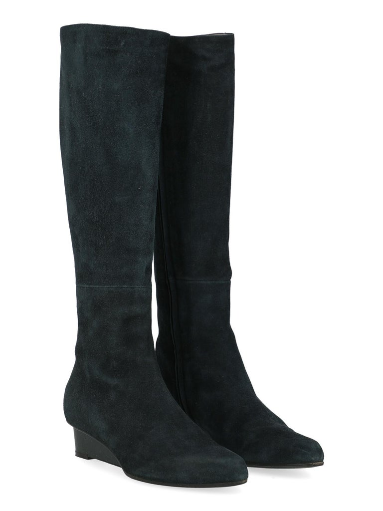 Product Description: Boots, leather, solid color, knee-length, side fastening, silver-tone hardware, pointed toe, branded sole, wedge heel, low and flat heel  Includes: - Box - Product care - Dust bag  Product Condition: Good Sole: visible signs of