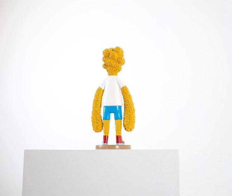 «Are we growing apart?» Figurative Sculpture by Norwegian artist Jim Darbu For Sale 3