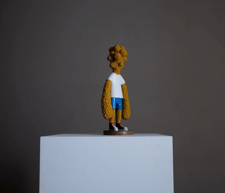«Are we growing apart?» Figurative Sculpture by Norwegian artist Jim Darbu For Sale 7
