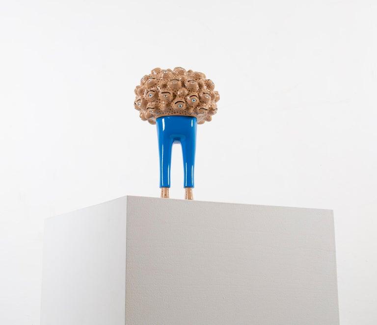 «Eyes of observation» Figurative Sculpture by Norwegian artist Jim Darbu For Sale 5