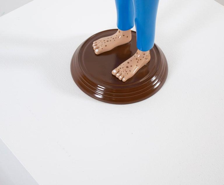 «Eyes of observation» Figurative Sculpture by Norwegian artist Jim Darbu For Sale 7