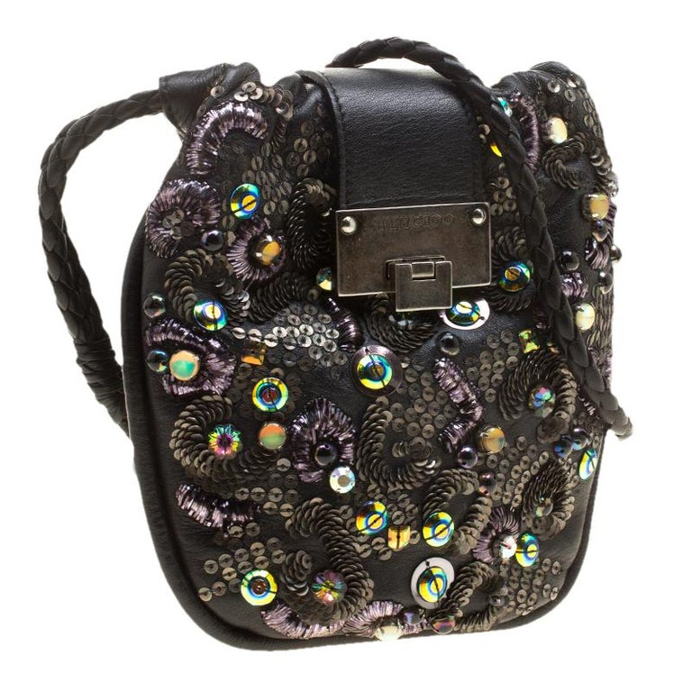 Jimmy Choo Black Leather Sequin Embellished Crossbody Bag In Good Condition For Sale In Dubai, AE