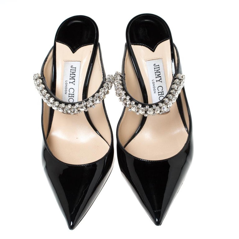 Jimmy Choo Black Patent Leather Crystal Embellished Bing Mule Sandals Size 35.5 In Good Condition For Sale In Dubai, Al Qouz 2