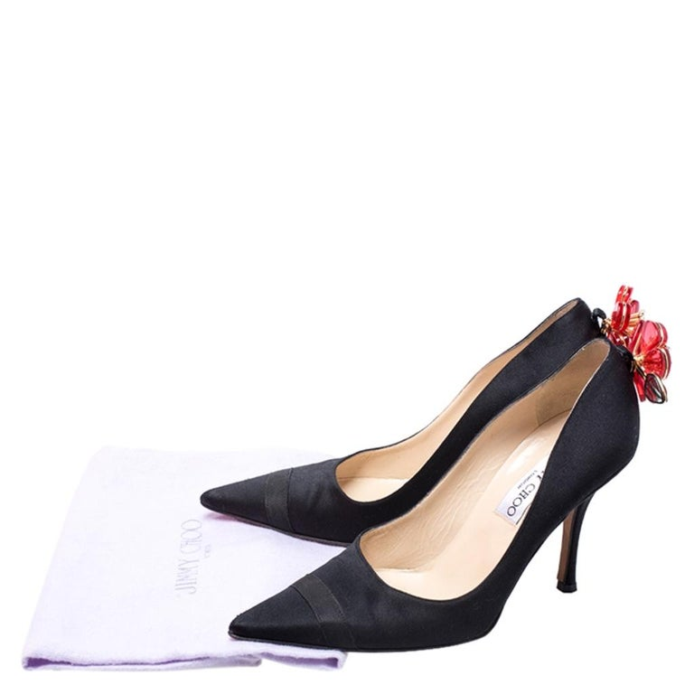 Jimmy Choo Black Satin Plastic Flower Clip Pointed Toe Pumps Size 37 For Sale 4