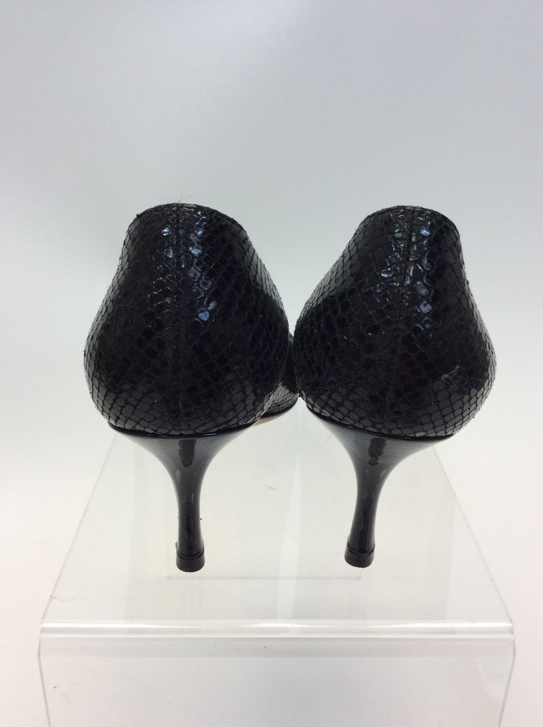 Jimmy Choo Black Skin and Patent Leather Heels In Good Condition For Sale In Narberth, PA