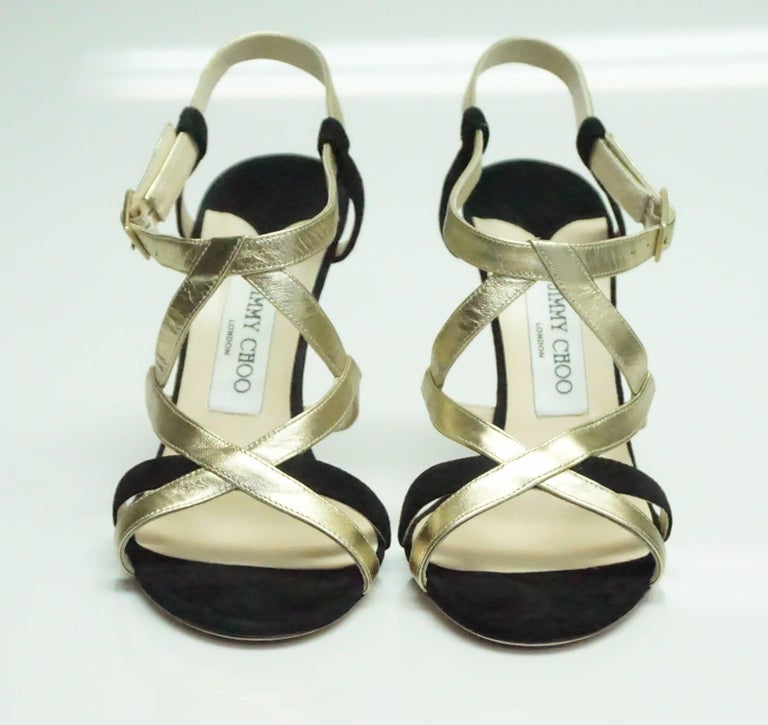 Jimmy Choo Black Suede and Gold Metallic Leather Strappy Heel - 39 In Excellent Condition For Sale In Palm Beach, FL