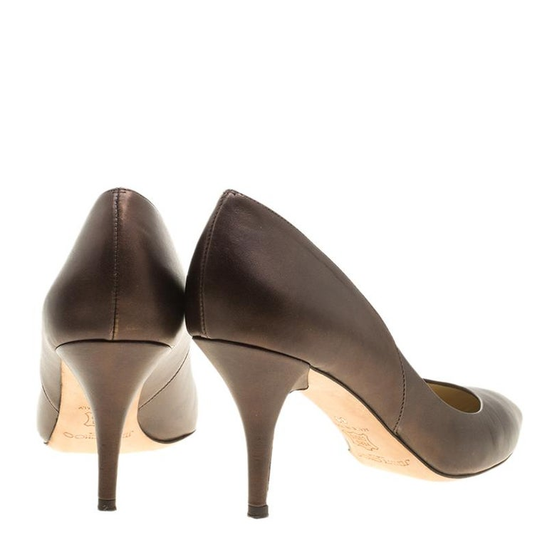 Jimmy Choo Brown Leather Pointed Toe Pumps Size 39 In Good Condition For Sale In Dubai, AE