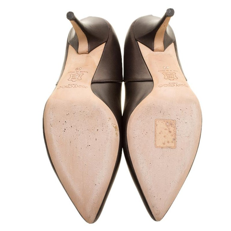 Women's Jimmy Choo Brown Leather Pointed Toe Pumps Size 39 For Sale