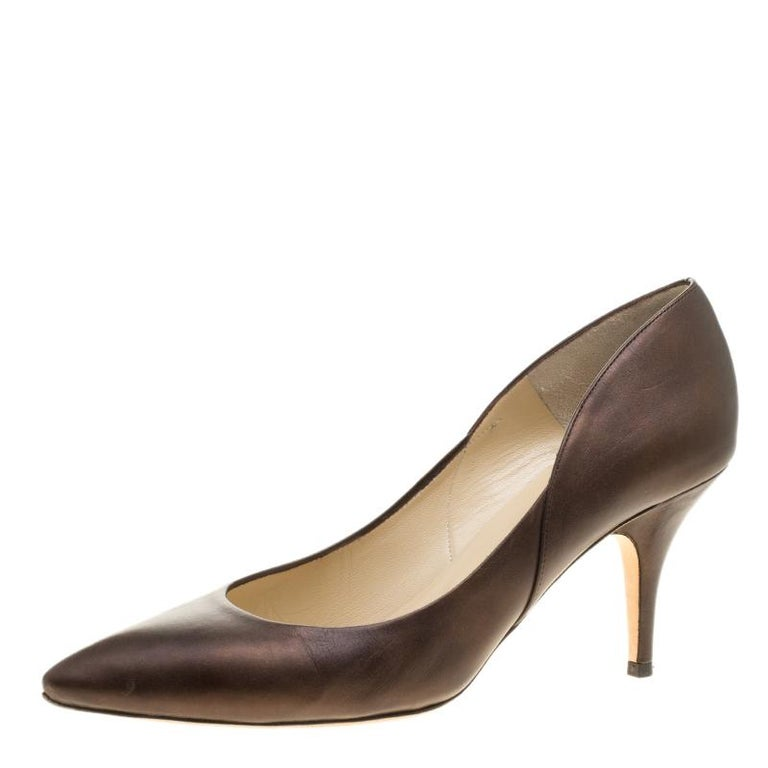 Jimmy Choo Brown Leather Pointed Toe Pumps Size 39 For Sale