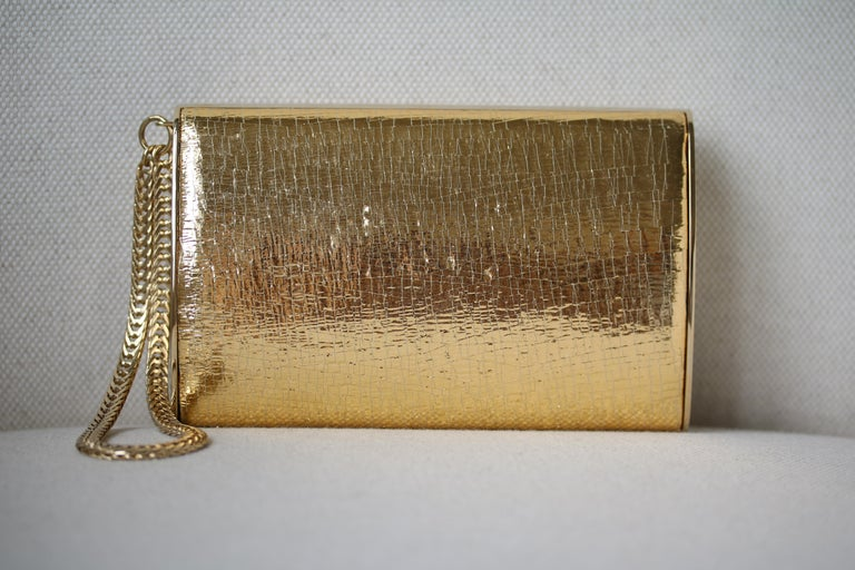Jimmy Choo Gold leather Clutch In Excellent Condition For Sale In London, GB