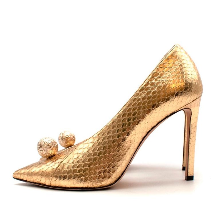 Jimmy Choo Gold Snakeskin Sandria 100 Embellished Metallic Pumps - Size 37 In Excellent Condition For Sale In London, GB