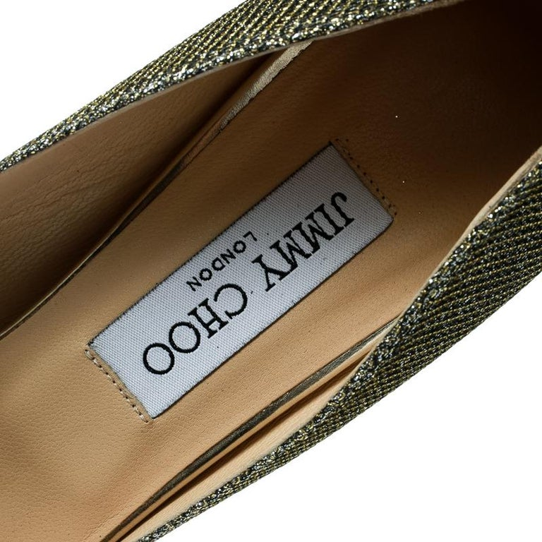 Jimmy Choo Metallic Champagne Glitter Fabric Dahlia Peep Toe Platform Pumps 41.5 For Sale 2