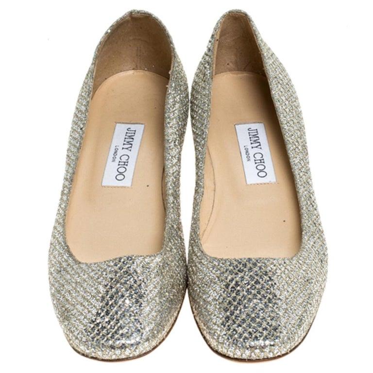 Jimmy Choo Metallic Gold Glitter Fabric Ballet Flats Size 38 In Excellent Condition In Dubai, Al Qouz 2