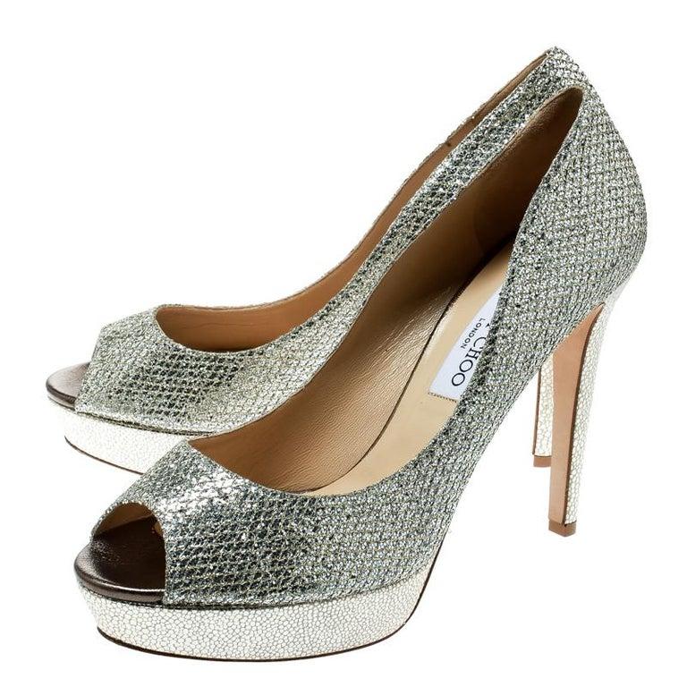 Women's Jimmy Choo Metallic Gold Lamè Fabric Dahlia Peep Toe Platform Pumps Size 40.5 For Sale