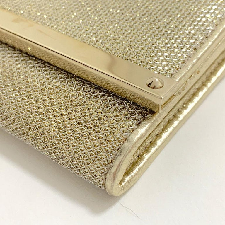 JIMMY CHOO Milla Clutch Bag in Gold Lamé Leather In Good Condition For Sale In Paris, FR