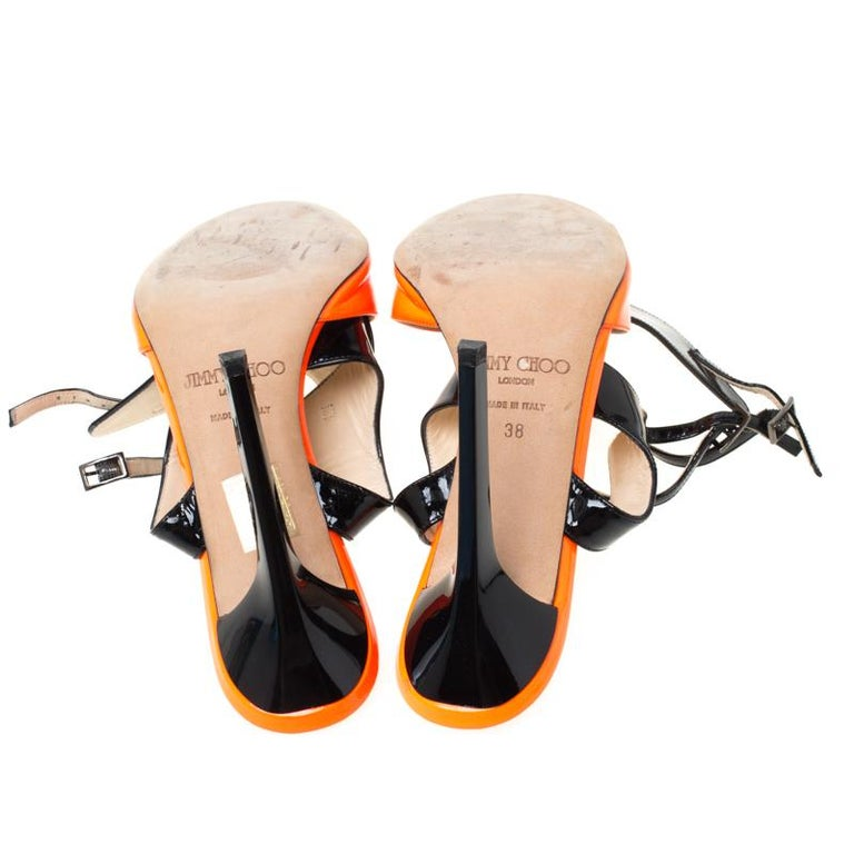 Jimmy Choo Orange Black Patent Leather Loop Ankle Cuff Open Toe Sandals Size 38 In Good Condition For Sale In Dubai, Al Qouz 2