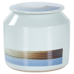 Jin Pot with Lid Medium Handcrafted Porcelain Hand Painted White Blue