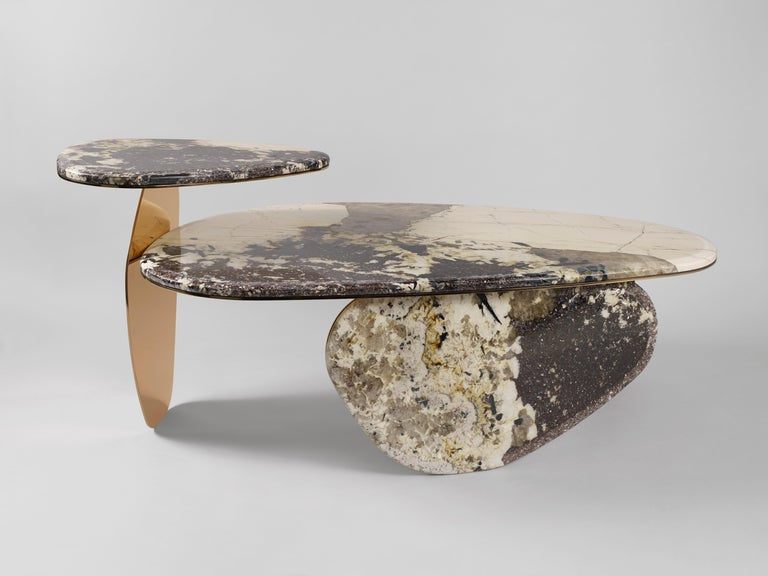 Designed for Galerie BSL by Sino-French duo Studio MVW, winner of multiple awards in Europe and in Asia, the 'JinYe' collection is based on the dialogue between a brass-colored leaf and the shimmering richness of Patagonia quartzite. This
