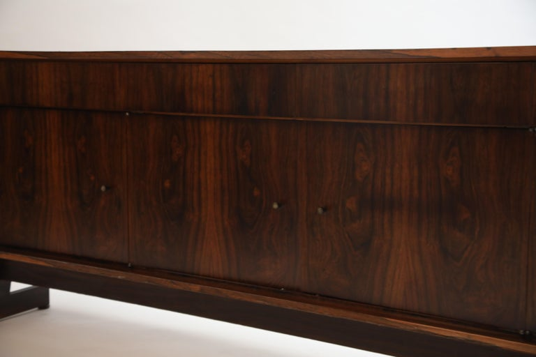 Joaquim Tenreiro Attributed Sideboard Brazilian Jacaranda Rosewood, Brazil 1950s For Sale 10