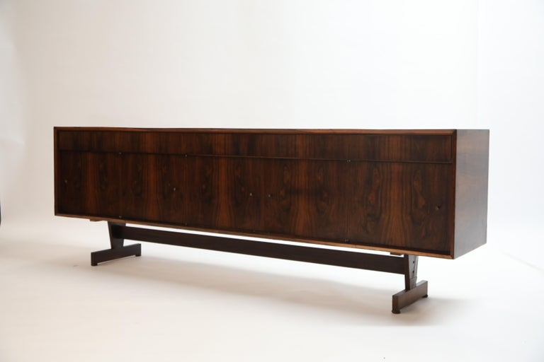 Joaquim Tenreiro Attributed Sideboard Brazilian Jacaranda Rosewood, Brazil 1950s For Sale 1