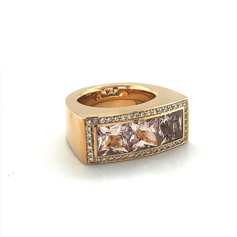 Contemporary Jochen Pohl Morganite and Diamond Ring in 18 Karat Rose Gold For Sale
