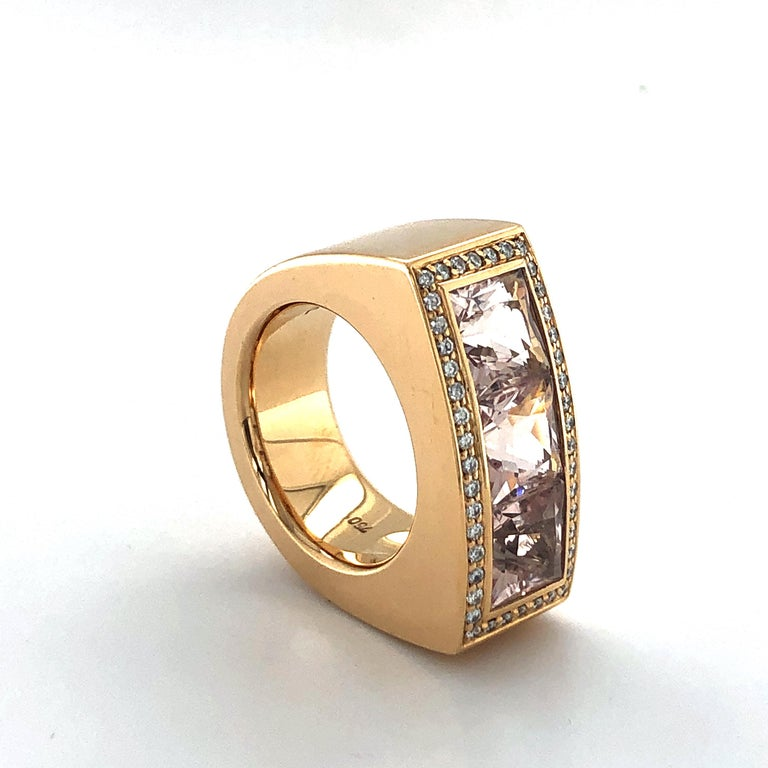 Women's or Men's Jochen Pohl Morganite and Diamond Ring in 18 Karat Rose Gold For Sale
