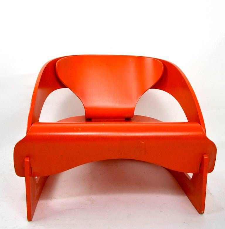 Very nice example of the Classic Colombo Interlocking Plywood 4801 for Kartell designed 1963. This example is in very good, original condition, showing only light cosmetic wear, normal and consistent with age. Designed by Joe Colombo for Kartell,