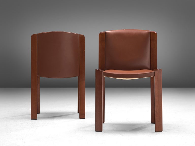 Joe Colombo Dining Chairs '300' in Black and Brown Leather For Sale 4