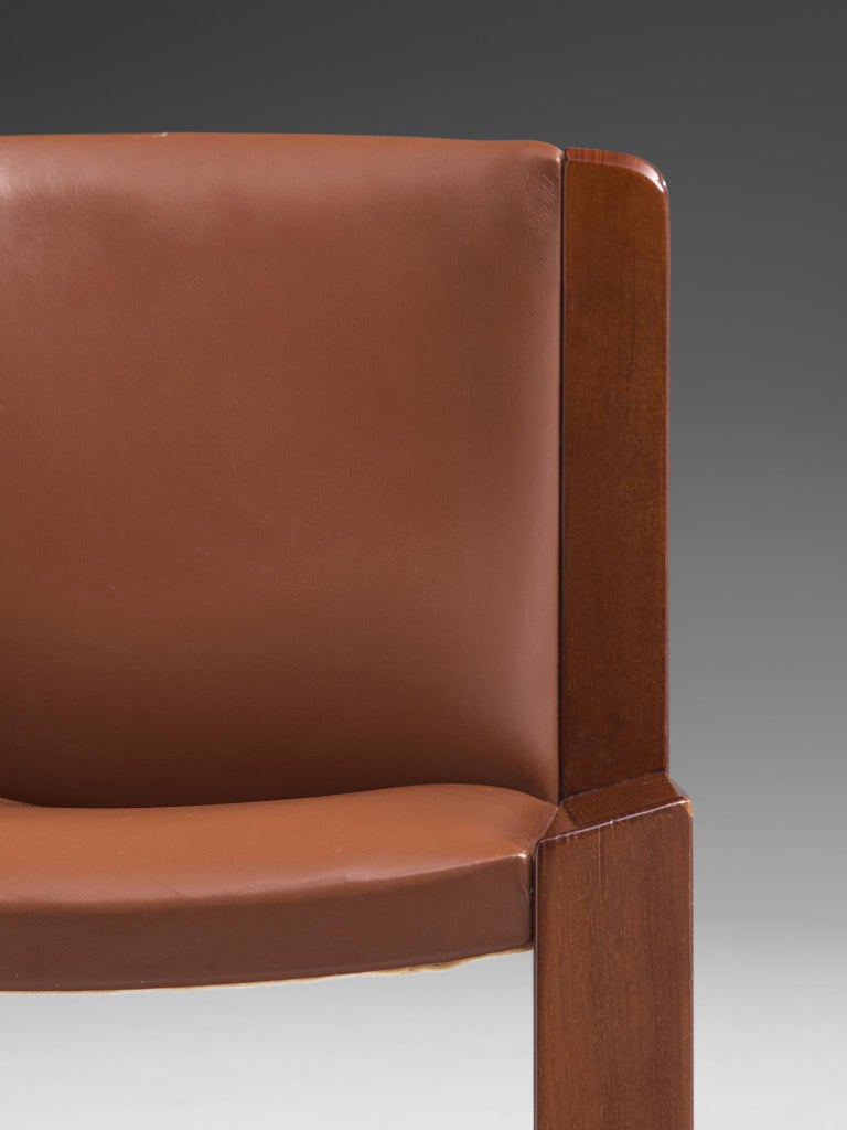 Joe Colombo Dining Chairs '300' in Black and Brown Leather For Sale 6