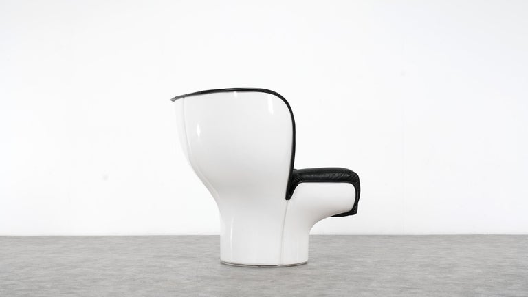 Joe Colombo  Rare Elda Lounge Chair for Comfort, Italy, 1963, Black & White For Sale 4