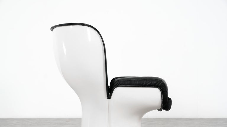 Joe Colombo  Rare Elda Lounge Chair for Comfort, Italy, 1963, Black & White For Sale 7