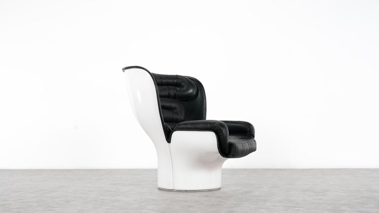 Joe Colombo  Rare Elda Lounge Chair for Comfort, Italy, 1963, Black & White For Sale 2