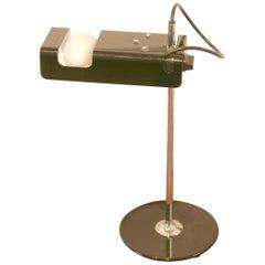 Joe Colombo Spider lamp by Oluce