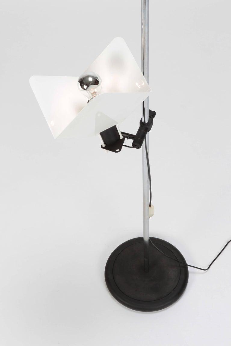"Joe Colombo ""Triedro"" Floor Lamp Stilnovo, 1970s For Sale 13"