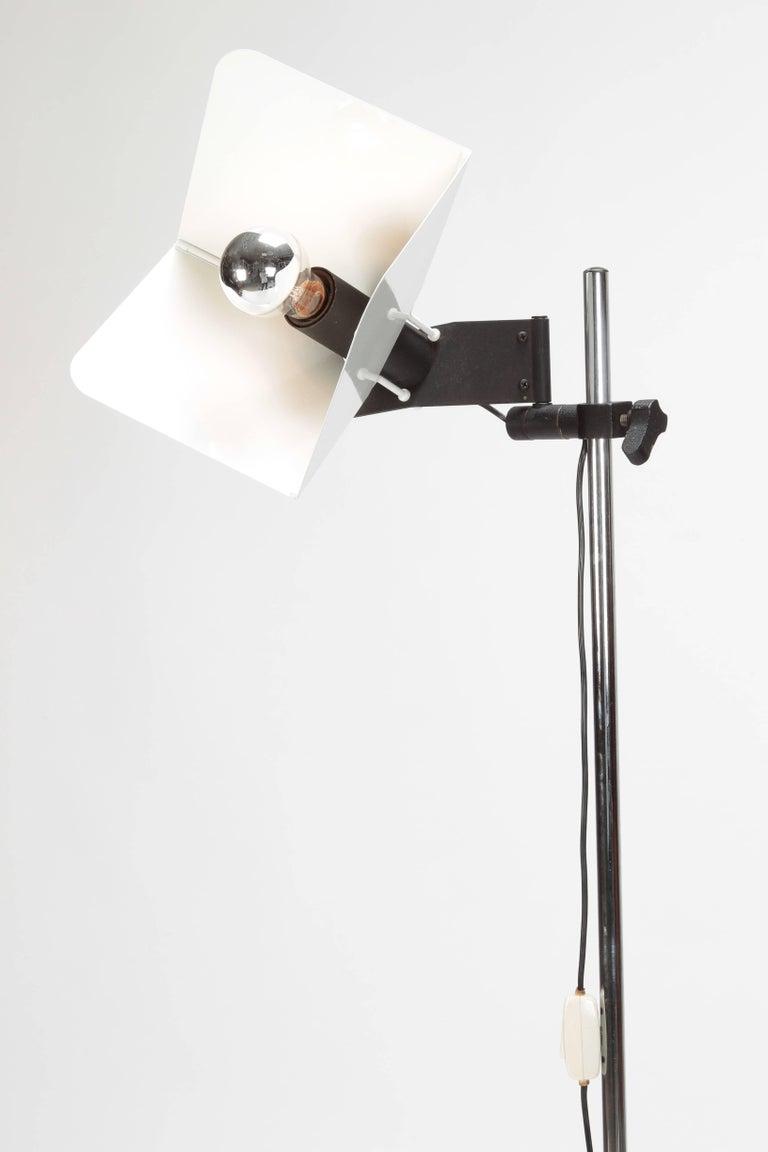 "Joe Colombo ""Triedro"" Floor Lamp Stilnovo, 1970s For Sale 2"