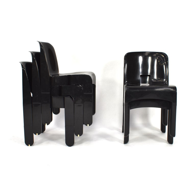 Mid-Century Modern Joe Colombo Universale Plastic Chairs by Kartell, Italy, 1967 For Sale