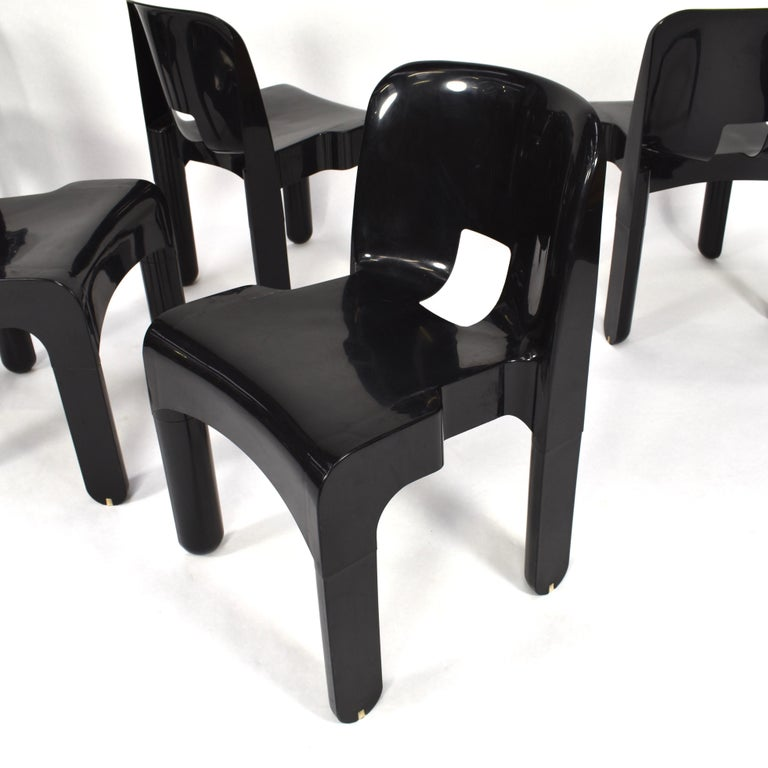 Joe Colombo Universale Plastic Chairs by Kartell, Italy, 1967 In Good Condition For Sale In Pijnacker, Zuid-Holland
