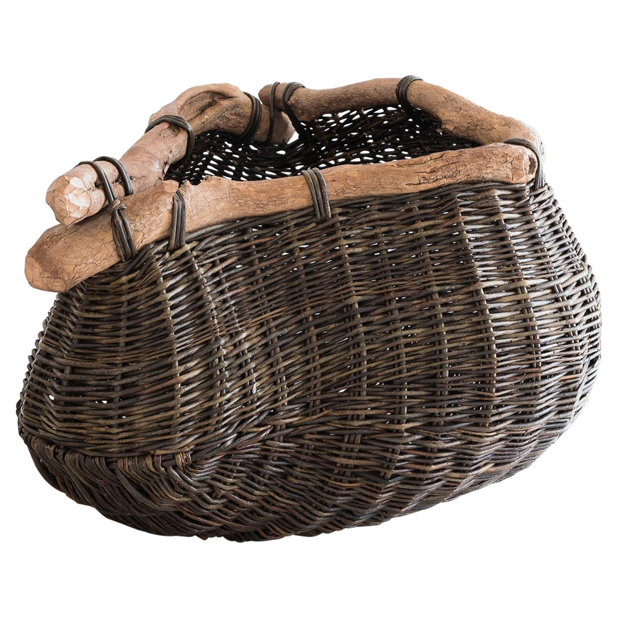 Joe Hogan, Pouch on a bent branch, Rhododendron and Willow Contemporary Basket