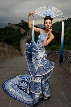 Fashion on the Great Wall